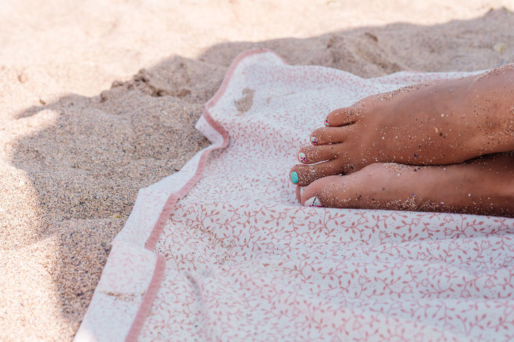 Cause all we need is relaxation Beach Photography Foot Nail Polish Napping Shade Woman Adult Beach Body Part Day Holiday Human Body Part Human Foot Minimalism Nature One Person Outdoors Relaxation Sand Sleeping Summer Sunlight Toes Trip Vacations The Traveler - 2018 EyeEm Awards #urbanana: The Urban Playground