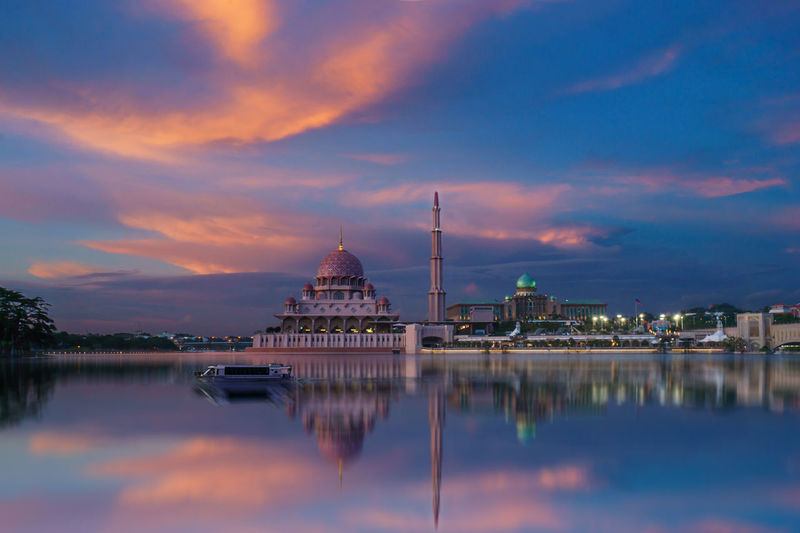 Architecture Building Exterior Built Structure City Cloud - Sky Day Dome Lake Nature No People Outdoors Place Of Worship Putrajaya Reflection Religion Sky Spirituality Sunset Travel Destinations Water Waterfront