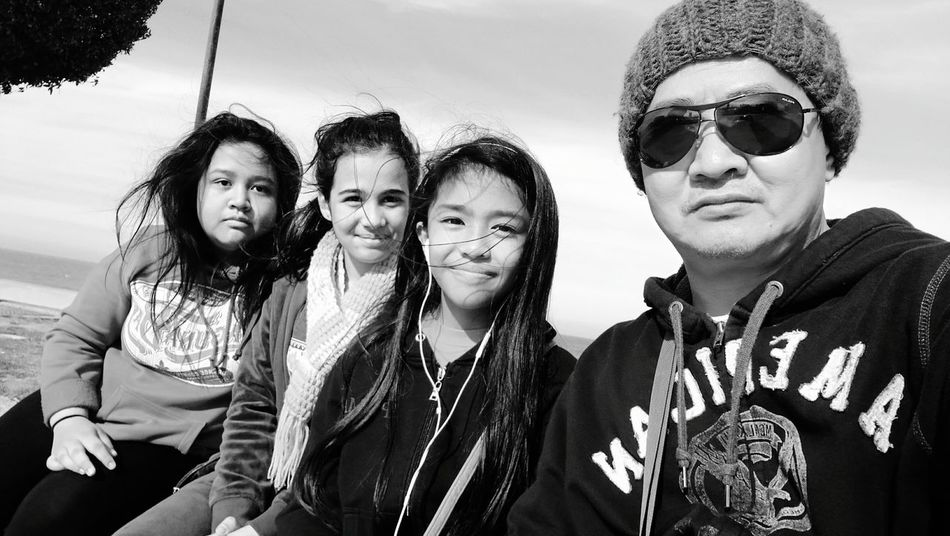 Togetherness Portrait Friendship Looking At Camera Group Of People Smiling Happiness Teamwork Bonding Young Women Urban Photography Winter Morning Photography Themes Close-up Monochrome Photography Beauty In Nature Street Photography Sunlight Nature Beach Rollerblades Sportswear