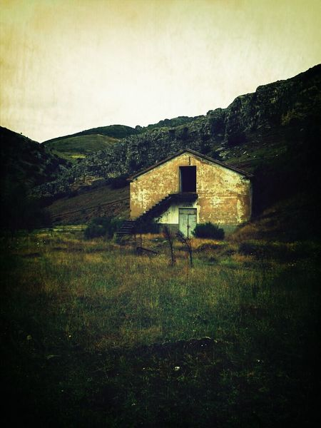 adandoned ore mine... Abandoned Places Haunted House Lostplaces Old House