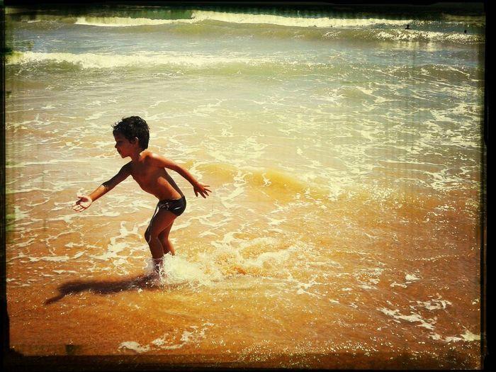 The Places I've Been Today Um belo dia de sol,uma bela praia amor incondicional minha vida. Ítalo gabriel