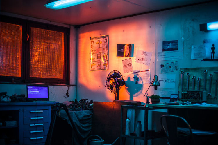 work station EyeEm Best Shots EyeEmNewHere Lights Night Lights Nightphotography Red Blue Illuminated Window