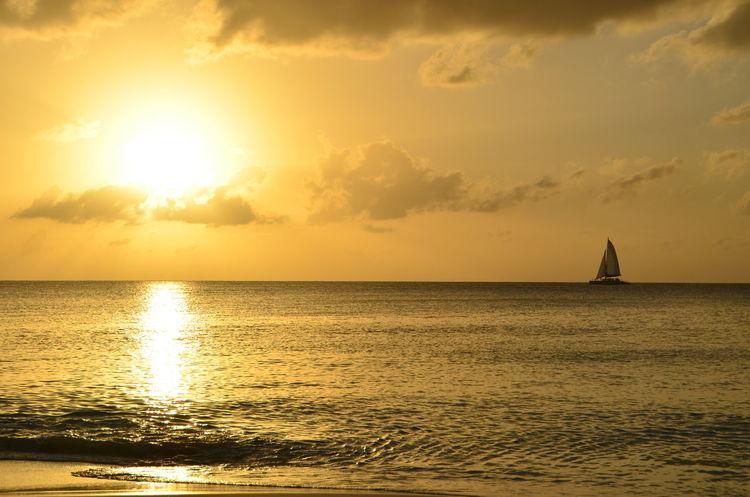 43 Golden Moments Beach Caymanislands Island Relax Sea Sea And Sky Sunset