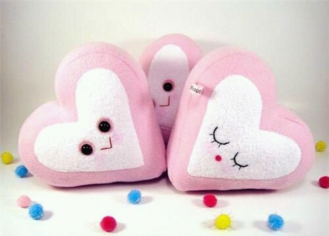 على ﺂلأرض ♥ قلوب ♥ تستحقُ أن نجعلھآ في گوگب لوحدھآ گي لِآ تلوثھآ قلوبُ بقية ﺂلبشر