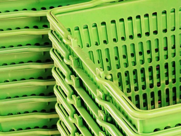 Plastic In A Row Order Large Group Of Objects Abundance Green Color Pattern Repetition Baskets Plastic Baskets Market SUPER Market Basket For Market Market Things Fresh Green Green Objects Green Things