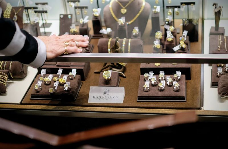 56.10 carat fancy intense yellow diamond Want to take it home? We'd love to have a shareholder buy it! Retail price is more than $6 million, but a Berkshire Hathaway shareholder can take it home for $4.6 million. http://borsheimsbrk.com/3816/whats-the-most-expensive-piece-at-borsheims-this-year Borsheims Exclusive Berkshire Hathaway Shareholder Shopping Day Brunch & Cocktail Party @ Borsheims Fine Jewelry - Regency Court Omaha, Nebraska May 7, 2017 http://instagom.com/p/BTshKE3l3rC Americans Berkshire Hathaway Berkshire Hathaway 2017 Shareholders Meeting Borsheims Fine Jewelry Brk2017 Business Finance And Industry Diamond Diamond - Gemstone Diamond Ring Diamonds Documentary Photography Documentaryphotography Event EyeEm Best Shots Human Hand Jewellery Jewelry Jewelry Store Jewels Luxury Salon Omaha, Nebraska Rahaminov Diamonds Shopping Wealth Wealthy Lifestyle The Photojournalist - 2017 EyeEm Awards