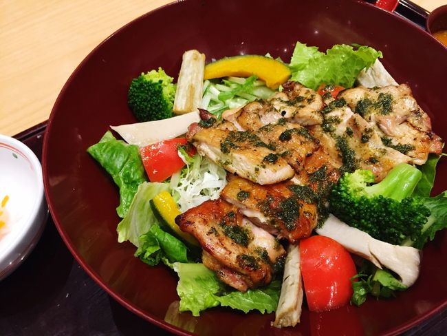 Grill Chicken Salad Japanese Foods Salad Grill Chicken Food And Drink Food Healthy Eating Vegetable Freshness Indoors  High Angle View Ready-to-eat Close-up No People Plate Day Meat Roasted