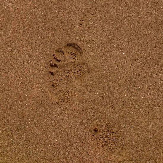 FOOT. SAND. BEACH Paros Paro Sand Seaside Sea Beach Aliki Pisoaliki Greece2015 Greecestagram Greece Grecia Picoftheday Photooftheday Cyclades_islands Cyclades Foot
