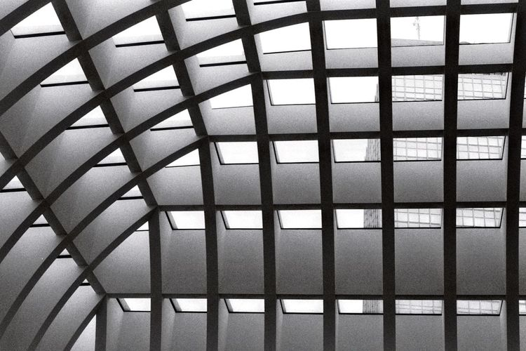 Effect Monochrome monochrome photography Blackandwhite Black And White Bwphotography City Urban Skyline Urban Urban Geometry Berlin Underground Building Backgrounds Full Frame Pattern Window Close-up Sky Architecture Built Structure Architectural Design LINE Ceiling Architecture And Art Architectural Detail Skylight Architectural Feature Geometric Shape Grid Office Building The Architect - 2019 EyeEm Awards