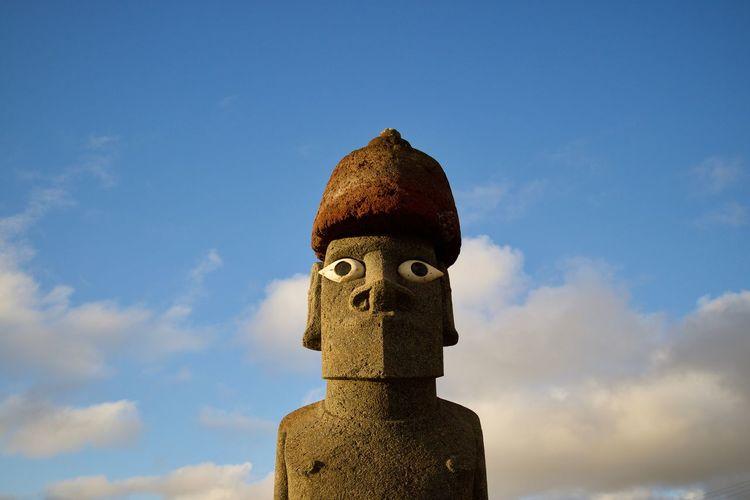 Moai Head Sky