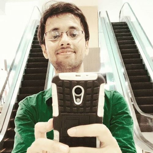 Selfie Smile Sink Sexy Followforfollow Spects Spamforspam Luxury Escaltor Airport Air Mall Green Moustace Mobile