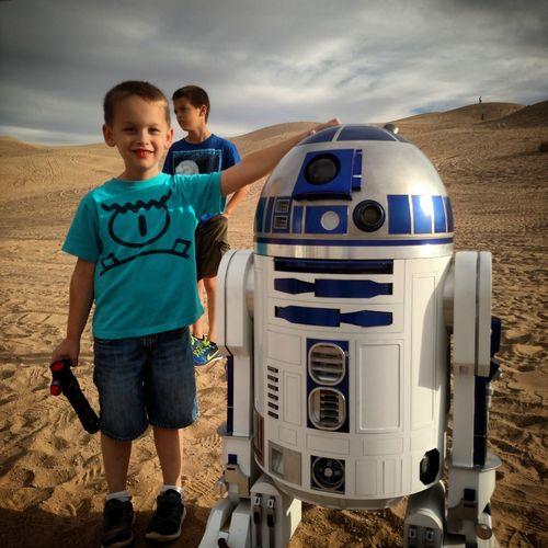 R2D2 Star Wars Droid Yuma Yumaaz Sand Dunes Starwars
