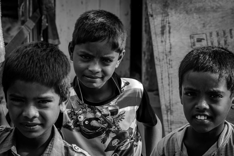 Children Visualsoflife Stories Blackandwhite Photography Portrait Streetphotography HeyThere Checkthisout Mumbai Check This Out! Eyemphotography Realpeople Dramatic Thephotojournalist2015eyeemawards Thestreetphotographer2016eyeemawards Theportraitist-2016eyeemawards India Hanging Out Goodmorning EyeEm  Goodmorning :) Eyeforphotography Nikon D3200