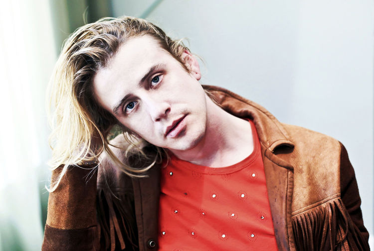 Hand In Hair Blond Hair Blond Hair And Blue Eyes Blonde Guy Boy With Long Hair Casual Clothing Christopher Owens Close-up Guy With Long Hair Long Hair Guy Looking At Camera Music Portraits Musicians One Person Portrait Portrait Photography Young Adult