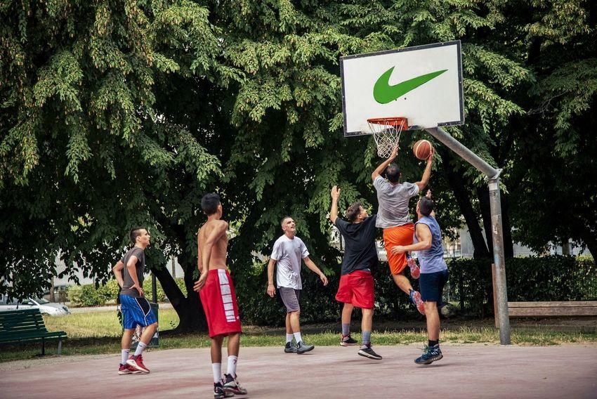 Street Ball Basket Basketball Streetphotography Game Sport Tree Full Length Friendship Basketball - Sport Togetherness Water