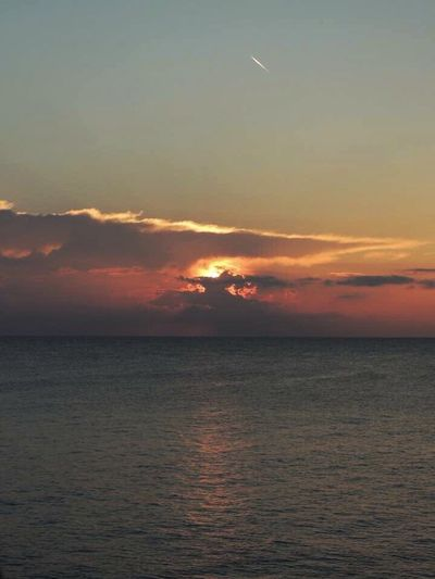 Good Morning Sunrise Sunrise Morning Sunrise_sunsets_aroundworld Sunrise_Collection Sunrise - Dawn Sunriselovers Sun Through The Clouds Sunrise And Sea Amazing Sunrise Clear Sky Vacation Time Travel Destinations Travel Photography Puglia South Italy Puglia Italy🇮🇹