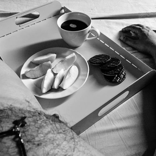 Lazy Sunday morning Check This Out Hello World Good Morning That's Me Blackandwhite Beardman Enjoying Life Happy Smile Sunday StillInBed Weekend Relaxing InBed Coffee