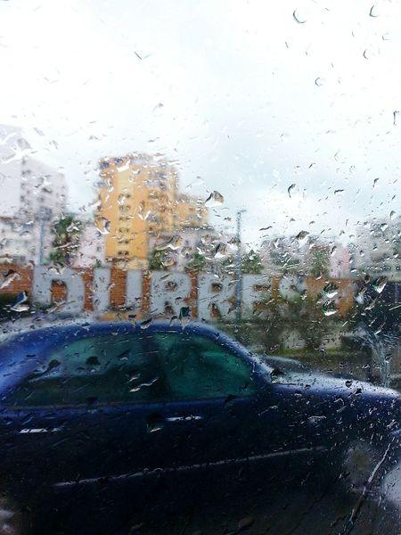 Durres Roadtodurres Pioggia Piove. Piove Pioggiaa