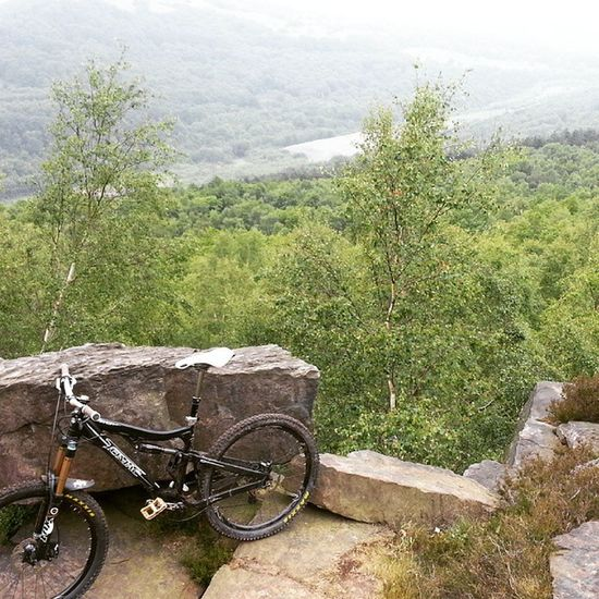 Wharncliffe Summit Crags MBUK 26inch steelcity thisissheffield bikelove tomac tomacvanish160
