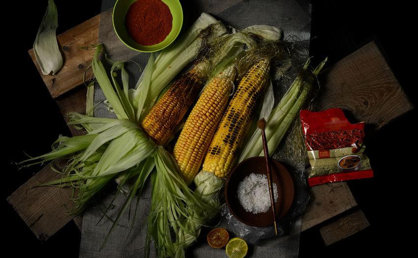 Corn - Indian street food Corn Cornbhutta Corn On The Cob Cornfield Sweet Corn Sweetcorn Food And Drink Healthy Eating Food Vegetable Wood - Material Raw Food Indian Street Food Indian Street Style Indian Food Freshness