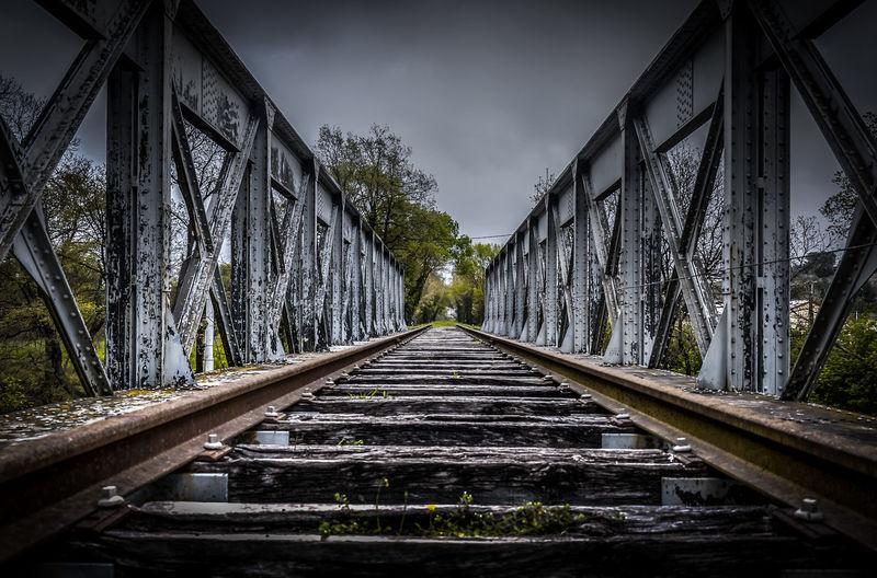 Abandon_seekers Abandonned Bridge Bridge - Man Made Structure Built Structure Cloud Cloud - Sky Outdoors Railway Urban Exploration Urbex Vanishing Point