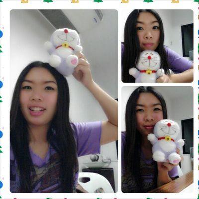 โดเรม่อนส่ม่วง เสื้อสีม่วง วันนี้เอาน้องมาทำงานด้วย ซนมากกกกกกก + รักมาก <3 Birthday gift last year from Kru.Nongyao <3
