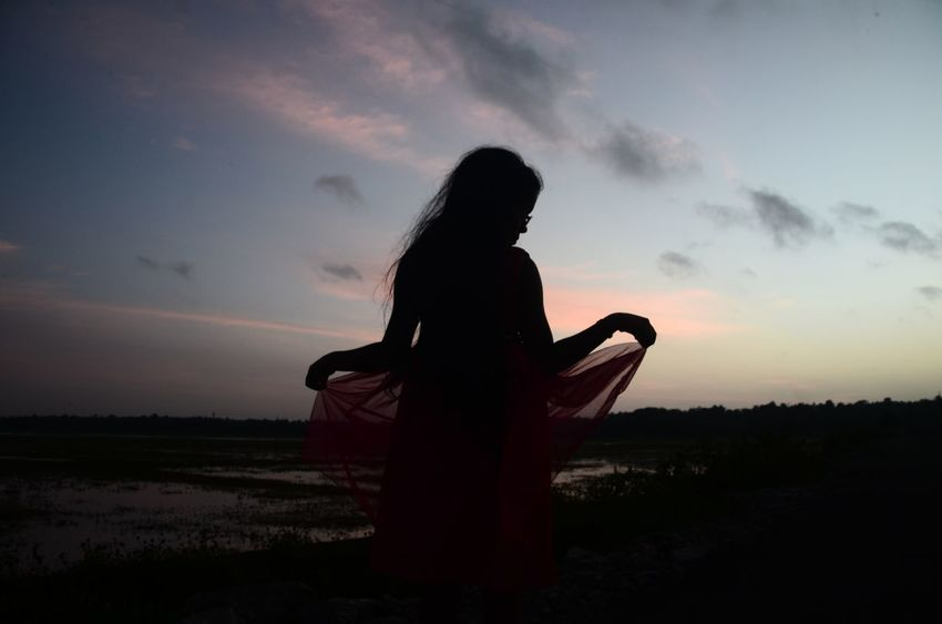 Cause she is my princess My Favorite Place Silhouette Sky Standing Person Sunset Relaxation Long Hair Natural Beauty From My Point Of View NikonD5100 Nikon Nikon Photography Lovetotakepics Sister Sisterlove Getting Away From It All Vacations Capturingeverymoment TheWeekOnEyeEM Trying Something Different Nature Field Carefree