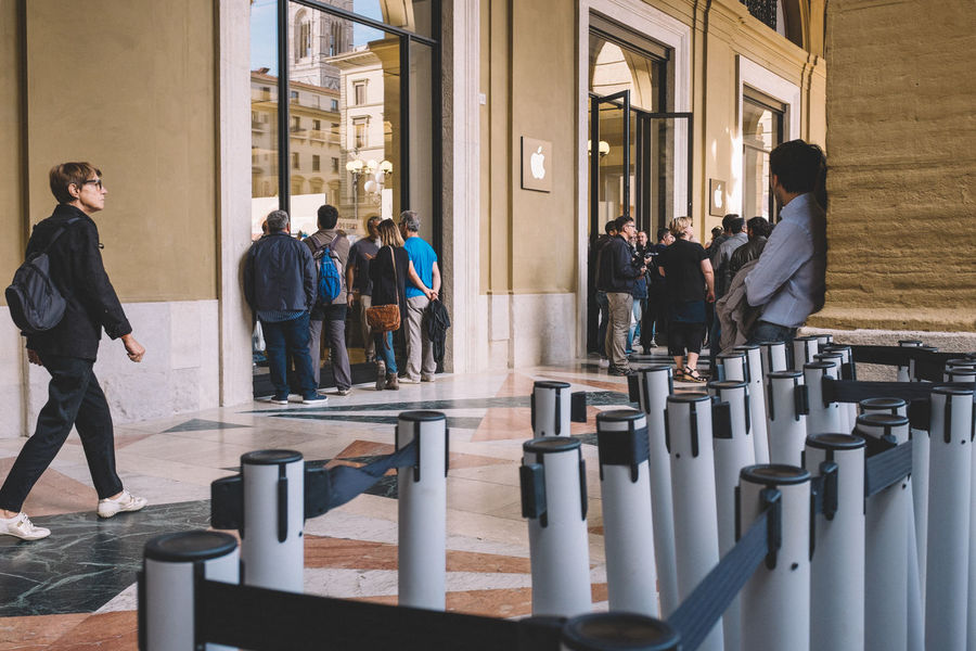 Barriers Apple Apple Store Applestore At Apple Store City Life Entrance Firenze Florence Metal New Opening Occupation Opening Opening Day Real People Togetherness Waiting