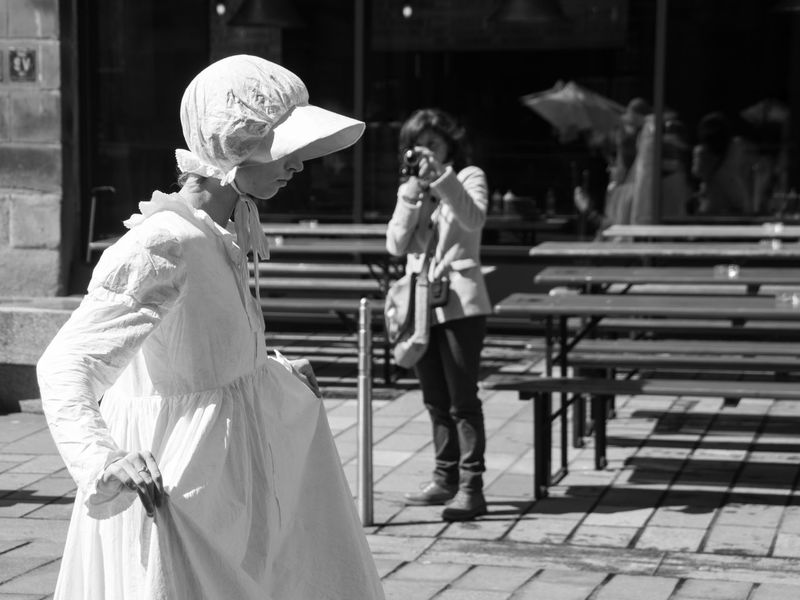 The Lady Vanishes, performed by Dudendance Theatre. From the 2016 Merchant City Festival Arts Black And White Bonnet City City Life Cobblestone Ghost Ghostly Glasgow  Glasgw Merchant City Merchant City Festival People Photo Portrait Scotland Street Photography Theatre Woman
