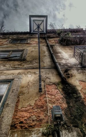 Lisbon Lisbonlovers Lamp Oldlamp Oldhouse Upthere Lovelisbon Streetphotography Street Colorful City Lookingup Windows Oldwindows
