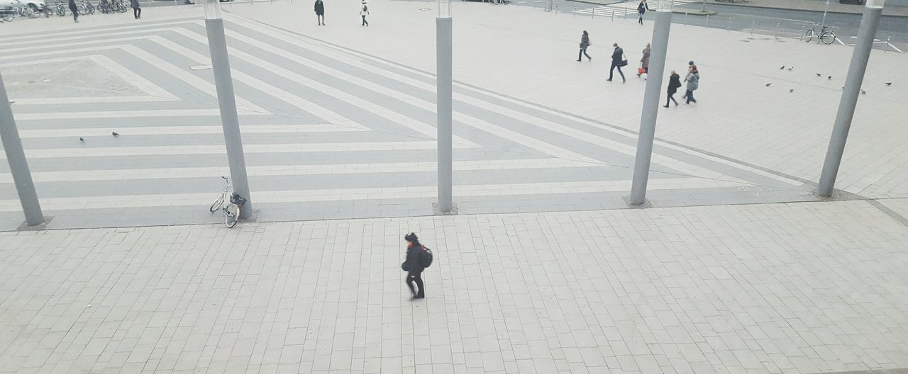 Day 12: Rush Hour Walking Public Airial View Pattern Cologne People Business Rush Hurry City Square Plaza A Bird's Eye View Pivotal IdeasCamera: Galaxy S6