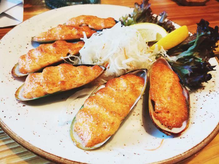 красивая еда ... мидии Еда морепродукты вкусно ресторан  Mussels Mussels And Cheese EyeEm Selects Plate Seafood Close-up Cooked