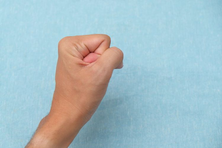 Hand sign Firm Confirm Strictly Creative Idea Symbol Perspective Sign Conceptual Concepts Icon Advertisement Business Commercial Connection Touching Wallpaper Website EyeEm Best Shots Peaceful Focus Studio Copy Space Detail Element EyeEmNewHere Human Hand Blue Close-up Personal Perspective My Best Travel Photo