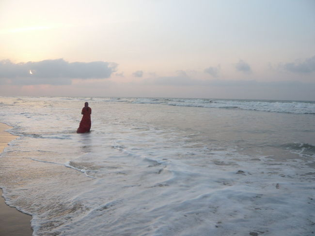Beach Beauty In Nature Cloud Cloud - Sky Horizon Over Water Idyllic Indian Beach Lifestyles Nature Outdoors Puri Puri Beach Puri India Remote Scenics Sea Shore Sky Sunset Tranquil Scene Tranquility Vacations Water Wave