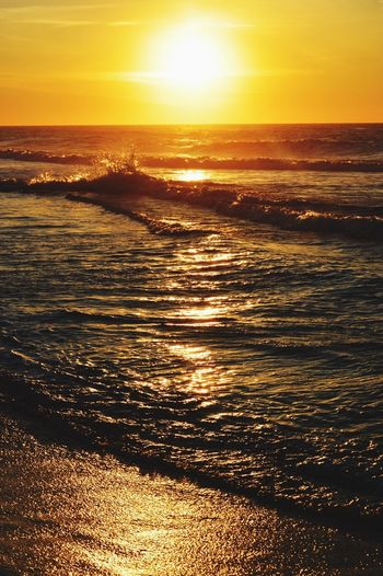 Sea Water Wave Sun Scenics Horizon Over Water Beach Tranquility Outdoors Sunlight Sunbeam Sky Beauty In Nature Day No People