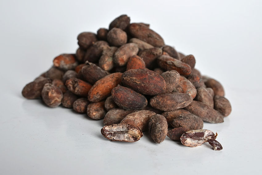 Cocoa beans isolated on white background Isolated Brown Close-up Cocoa Cocoa Beans Coffee Bean Day Food Food And Drink Freshness Group Of Objects Healthy Eating Indoors  Isolated White Background Large Group Of Objects No People Raw Coffee Bean Still Life Studio Shot White Background