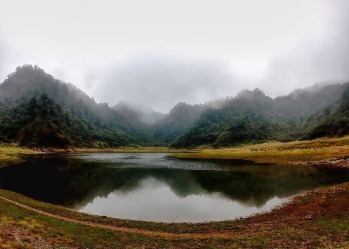 Lake Mountain Reflection Fog Water Nature Landscape Scenics Beauty In Nature Autumn Pinaceae Tranquility No People Outdoors Mountain Range Cloud - Sky Tree Forest Wilderness Day