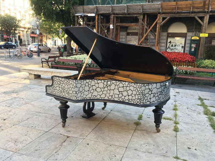 Piano Grand Piano Outside Outdoor Bösendorfer City Life Budapest Budapest, Hungary Street Architecture Building