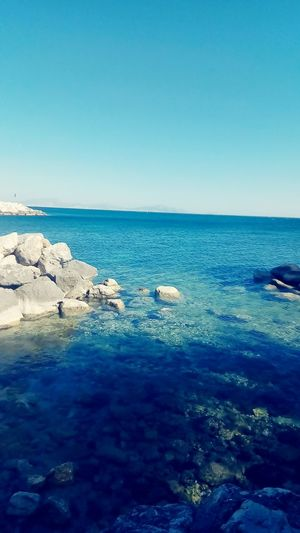 photo sur une île Blue Water Beauty In Nature First Eyeem Photo