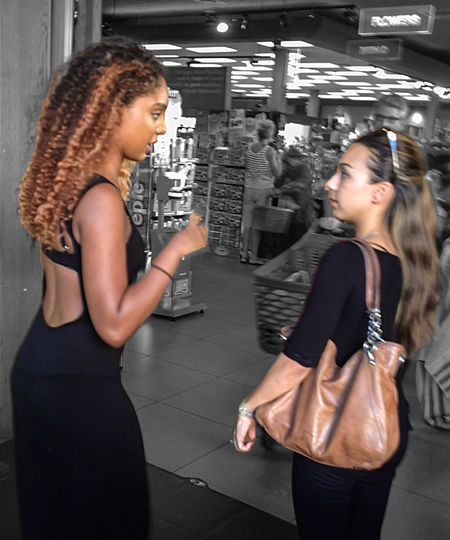 Candid Conversation Friends Openback Streetfashion Streetphotography Young Women