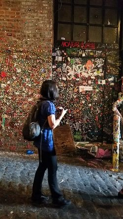 Battle Of The Cities Seattle, Washington The Week On Eyem Taking Photos Fresh On Eyeem  Tourism Close-up Unedited The Purist Travel Destinations Eyeemphoto Multi Colored Gum Wall People And Places Post Alley