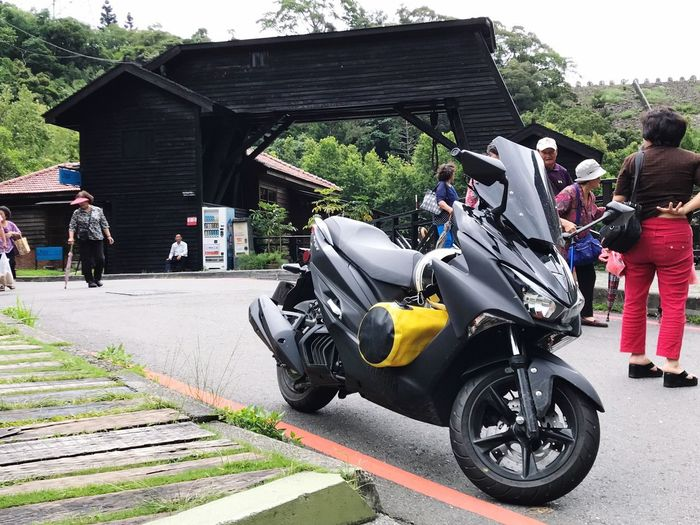 Transportation Real People Mode Of Transport Land Vehicle Riding Built Structure Day Full Length Togetherness Motorcycle Architecture Outdoors Lifestyles Building Exterior Leisure Activity My Motorcycle Motorcycle Transportation Travel Traveling Black