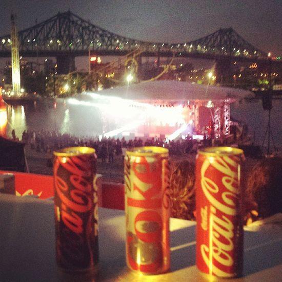 Nouvelles cannettes de Cocacola Yeahhhhhh Laronde Labrigadedubonheur coke gratis à volonté fun classified spectacle vip