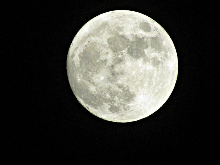 Moon Full Moon Astronomy Moon Surface Planetary Moon No People Beauty In Nature To Nights Moon