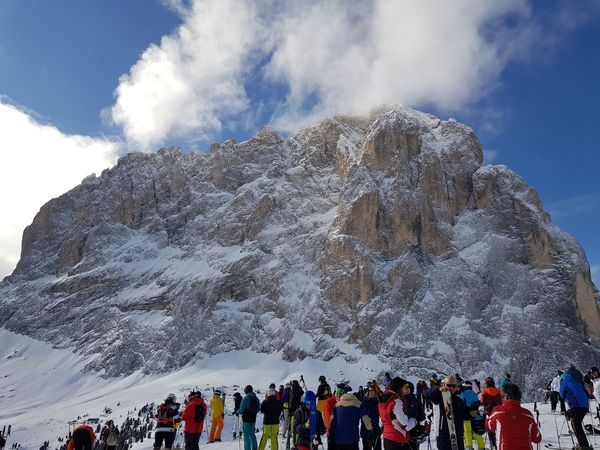 Italy🇮🇹 Rocks Sci Many People People Mountain Large Group Of People Snow Men People Adult Sky Outdoors Vacations Day Cloud - Sky Winter Multi Colored Nature