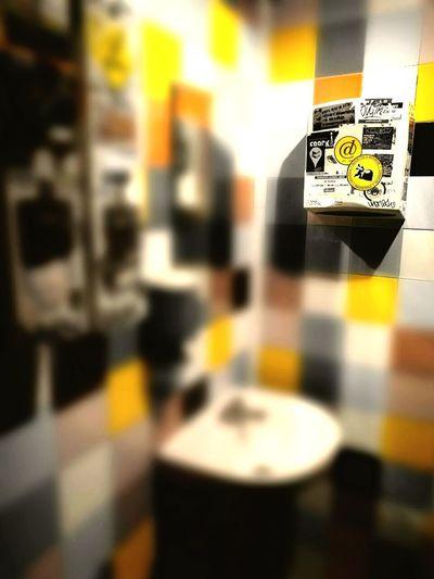 Tiles Architecture Tiles Color Tiles Restroom Dispenser Lavabo Interior Diseño Y Creatividad Yelow