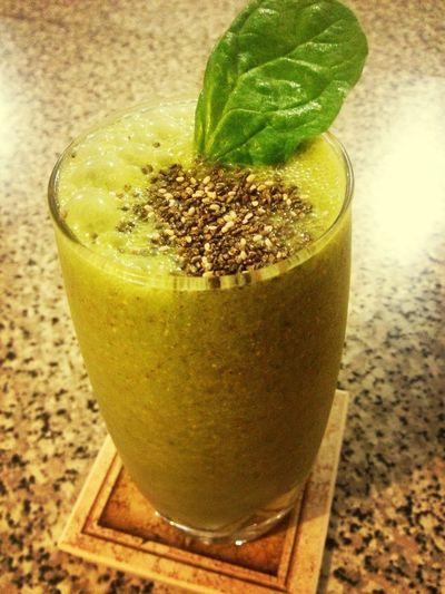 Jugo kiwi con espinaca y chia! Deli Eatclean HealtyFood