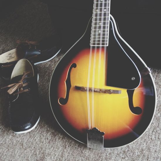 Mandolin Shoes Sunburst Music