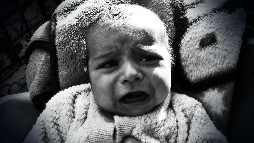 MomentsToRemember Fragility Newborn Baby Human Skin Majestic Moments Of My Life @ 私の人生の瞬間。 Black & White Black And White Moments Of Life Baby ❤ Depression - Sadness Sad :( Baby Boy.♥