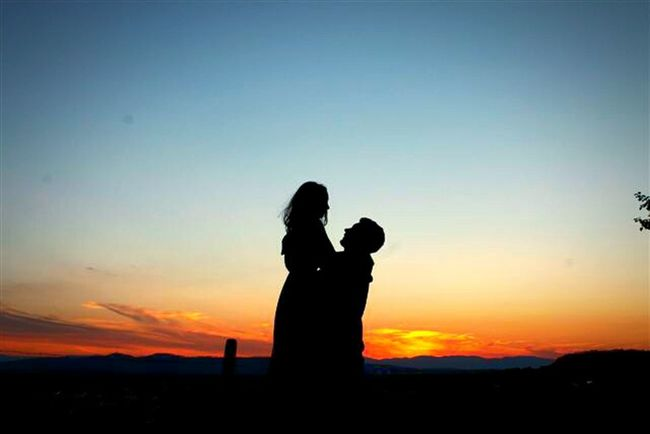 Love My Babe  Love Sunset Sunset Silhouettes Girlfriend Boyfriend Love You Summer Summerfeelings Colourful Beautiful Nature You Are Mine We 2 Forever Sky Windy Warm Colors